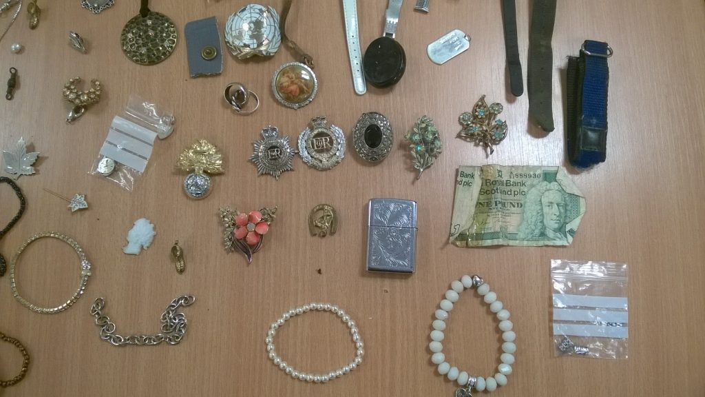 Jewellery found on queens drive swindon
