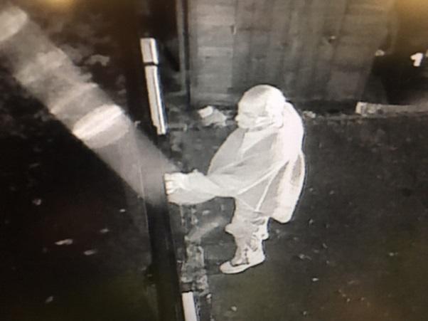 Swindon drove road break-in CCTV image