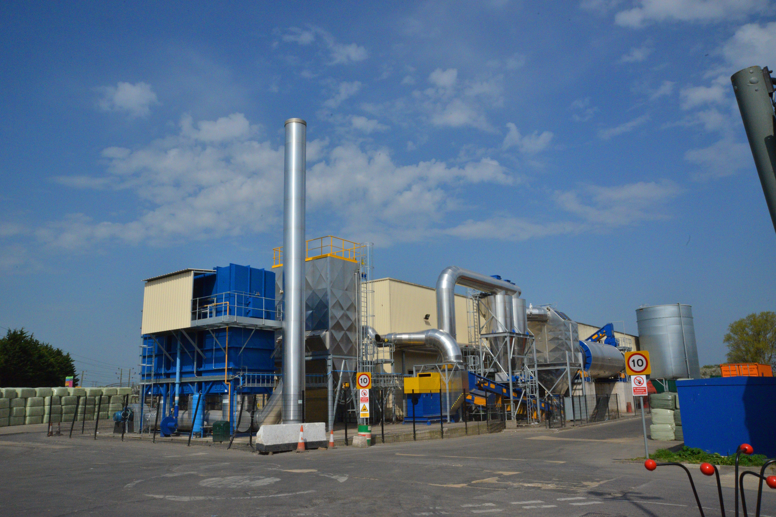 Swindon S New Barnfield Solar Park To Power Household