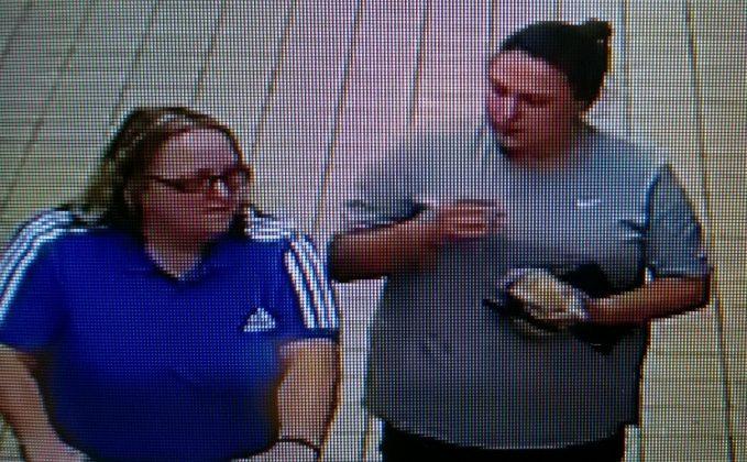 Aldi purse theft cctv images