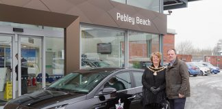 Swindon mayor Maureen Penny with Pebley Beach managing director Dominic Threlfall