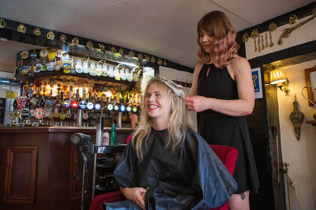 Hairdresser Vici Rogers and Lauren Owers in the Lord Eldon pub