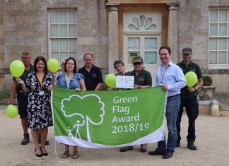 Lydiard Park wins Green Flag Award 2018/2019